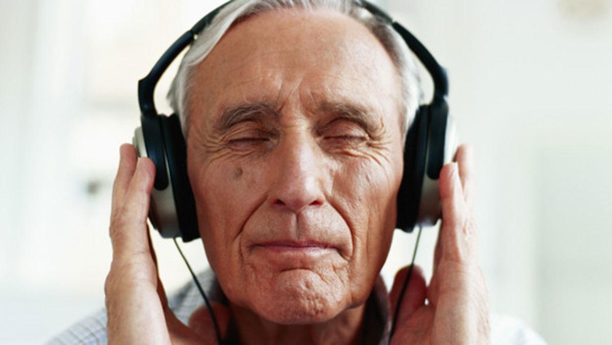 A choisir - 3 idées pour améliorer la qualité de vie d'une personne  âgée