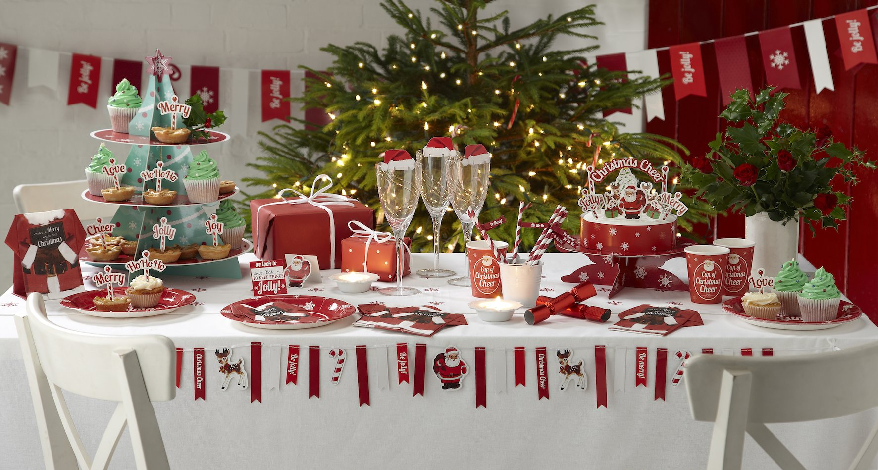decoration-table-noel-rouge-blanc