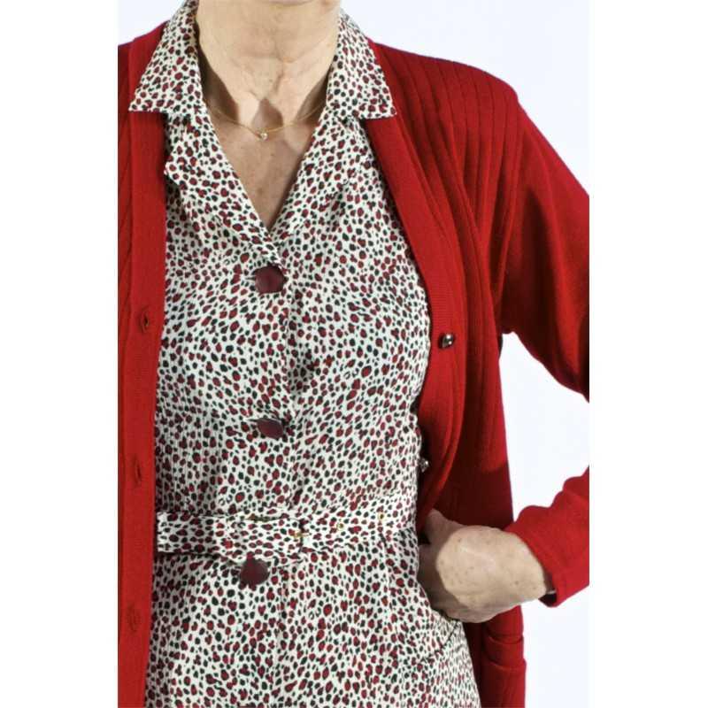 robe-manches-courtes-boutonnee-devant-elegante