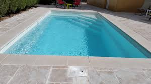 piscine coque polyester sel