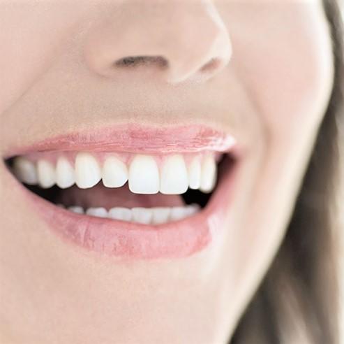 Quel moyen pour remplacer une dent manquante