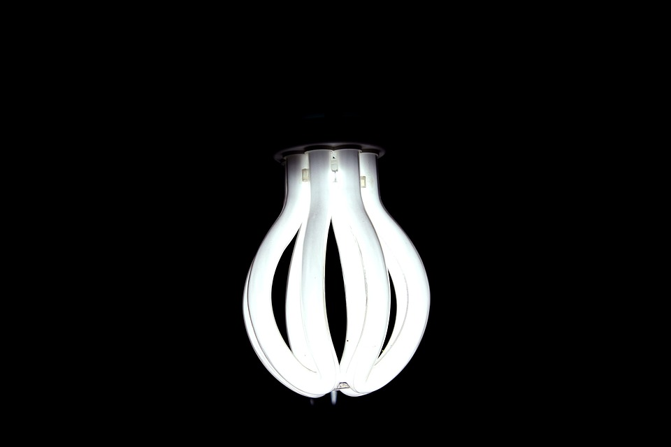 lamp-1076346_960_720